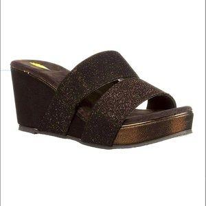 Volatile bronze metro sandals so comfy☁️☁️☁️